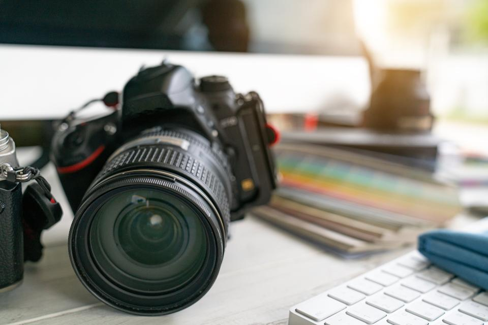 This Amateur Photographer Made Over $1 Million From His Hobby – Forbes